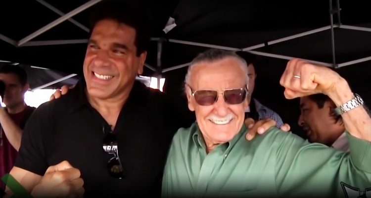 "Legend Stan Lee Says Lou Ferrigno ""Was Born To Be The Hulk"" + Presents Lifetime Achievement Award"