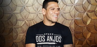 UFC Champ Rafael Dos Anjos Talks Alvarez Defense, Conor's Smack Talk, Cowboy At 170 + More!