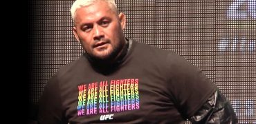 UFC 200: Mark Hunt Reacts To Jon Jones News, Becoming Main Event + Media Workout (complete/unedited)