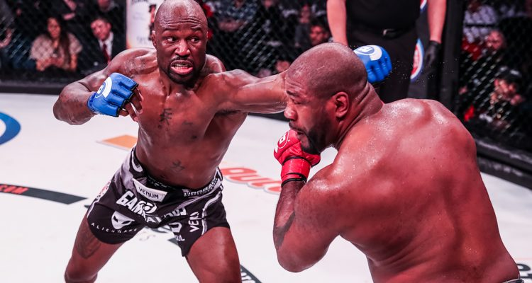 """King Mo"" Lawal Evens Score With Unanimous Decision Win Over ""Rampage"" Jackson"