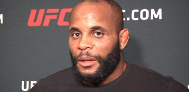 UFC 214: LHW Champ Daniel Cormier Is Done Playing With Jon Jones + Blasts Him On The Mic! (HD)