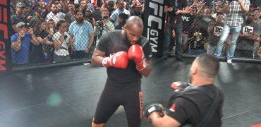 UFC 214: UFC Light Heavyweight Champ Daniel Cormier Works Out For Fans (HD)