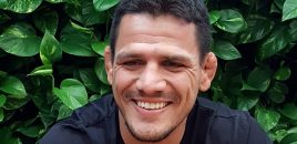 (360° VR / 4K) Rafael Dos Anjos Says Basically Everyone Is Begging Him To Smash Colby Covington
