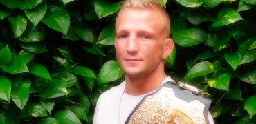 Champ TJ Dillashaw Talks UFC 227 Garbrandt Rematch, Early/Late Weigh-Ins, DC vs Stipe