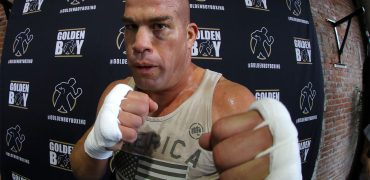 Tito Ortiz Says The Pressure Is On Chuck Liddell In Trilogy Fight: Talks 5 UFC Belts + Huge Tunas