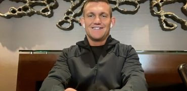 No Wrong Answers: Ian Heinisch On Popeye's vs Chick-fil-A, Dumb Fan Questions + Game Of Thrones!